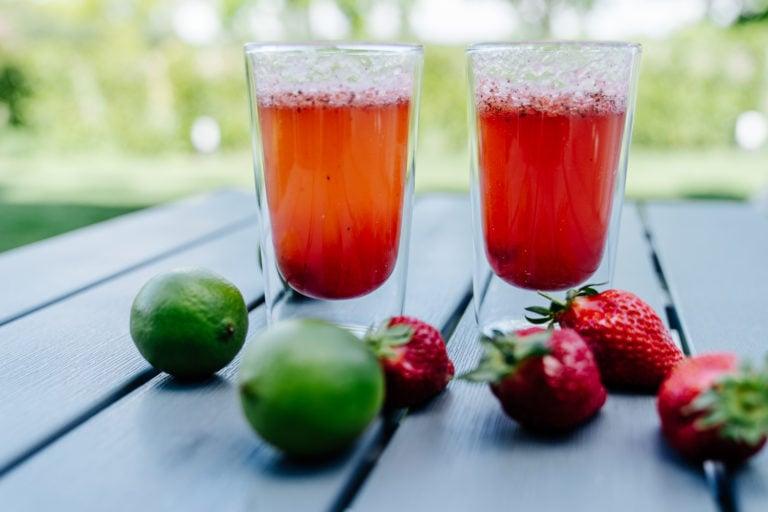 Erdbeeren-Minze-Limonade selbstgemacht