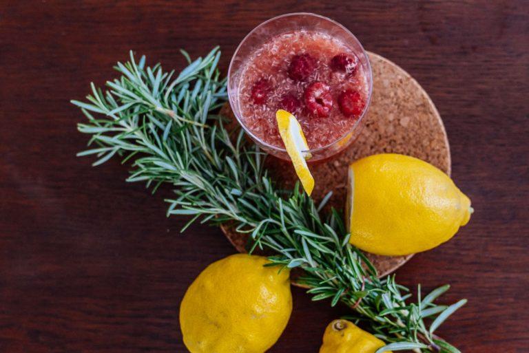 Himbeeren-Rosmarin Limonade selbstgemacht